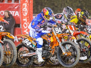 US SUPERCROSS: ROCZEN 2ND IN LITES WEST; DUNGEY 6TH IN 450