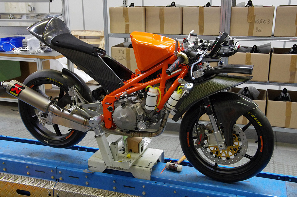 72102_Moto3_Production_Racer