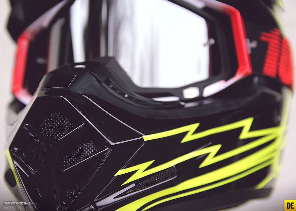 bell_moto_9_carbon_16