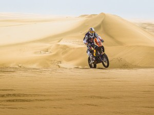 COMA WINS SEALINE RALLY FOR SECOND YEAR IN A ROW