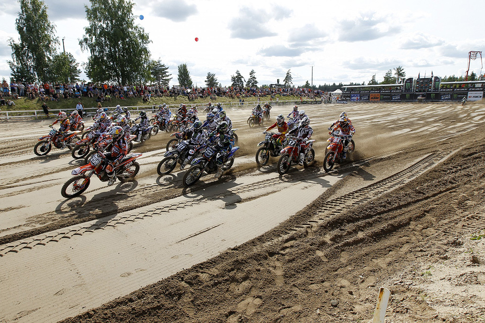 77855_Herlings_Start_MX2q_MXGP_2013_R12_RA50111