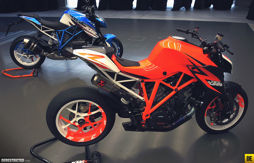 ktm_1290_superduke_r_patriot_01