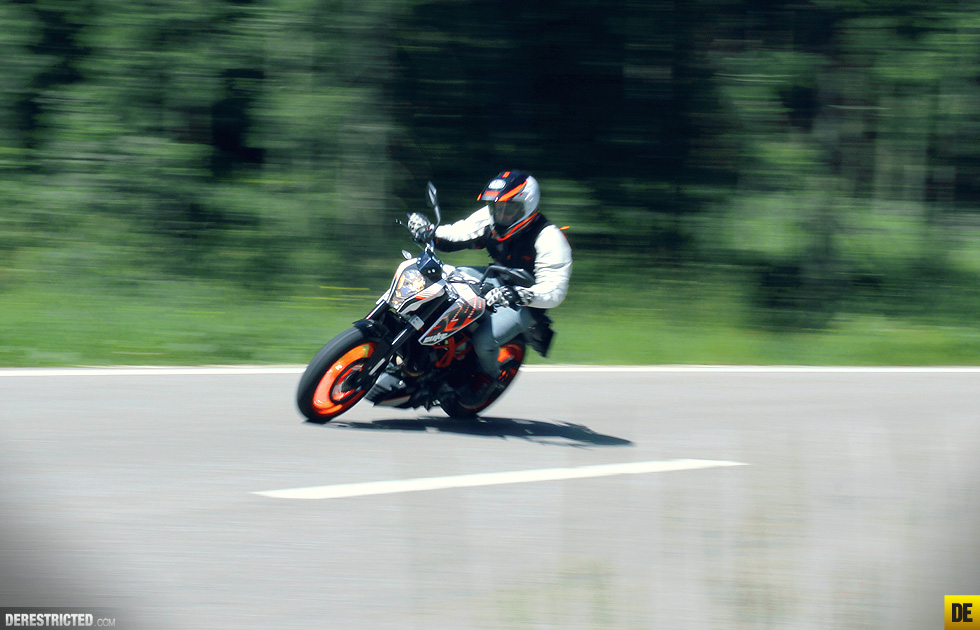 ktm_390_duke_review_and_ride_02