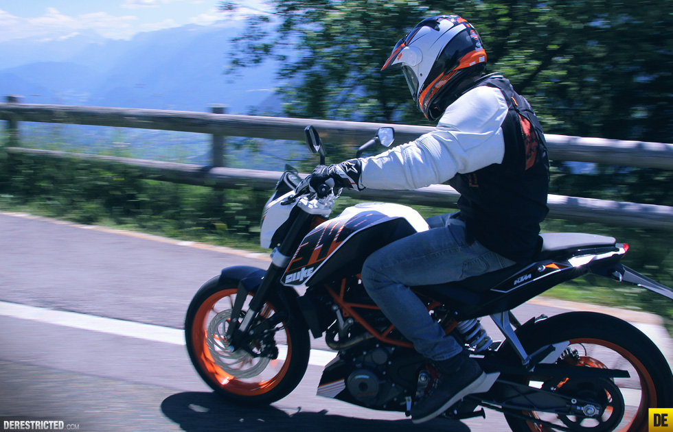 ktm_390_duke_review_and_ride_10