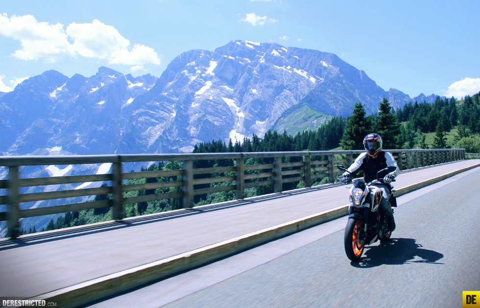ktm_390_duke_review_and_ride_18