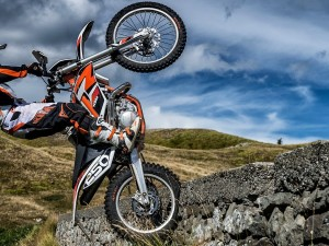 First-Test 2014 KTM Freeride 250R & Freeride 350