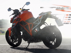 KTM 1290 SUPER DUKE R Actionvideo