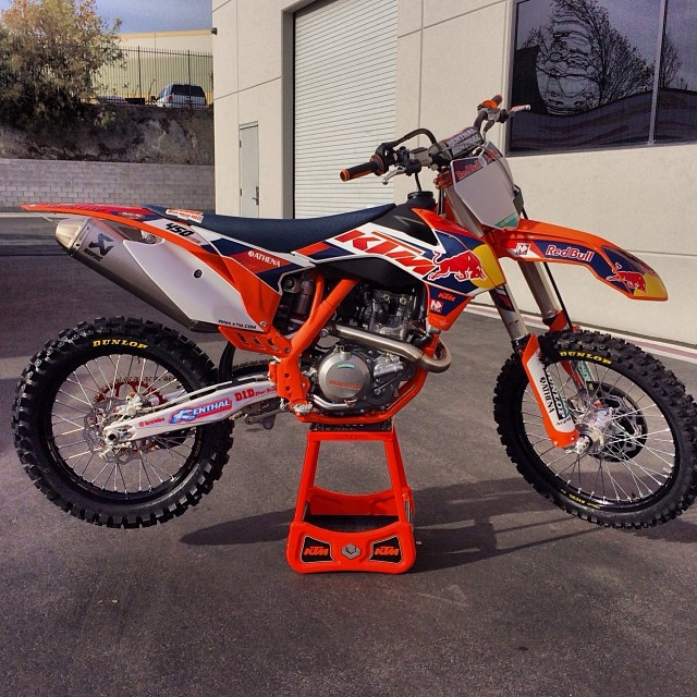 New KTM SX Factory Team GFX and 2014 450 sx-f Factory Edition ...