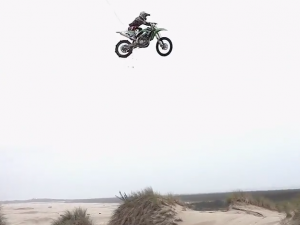 Riding The OR Dunes With MOTOLiFE