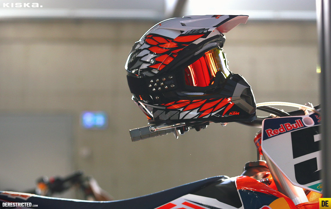 but i think it worked ok this time the 2014 ktm dynamic fx powerwear helmet is a little different whilst still remaining distinctly ktm