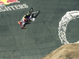 Tom Pagès Redbull X Fighters 2014 World Tour EP01 Mexico
