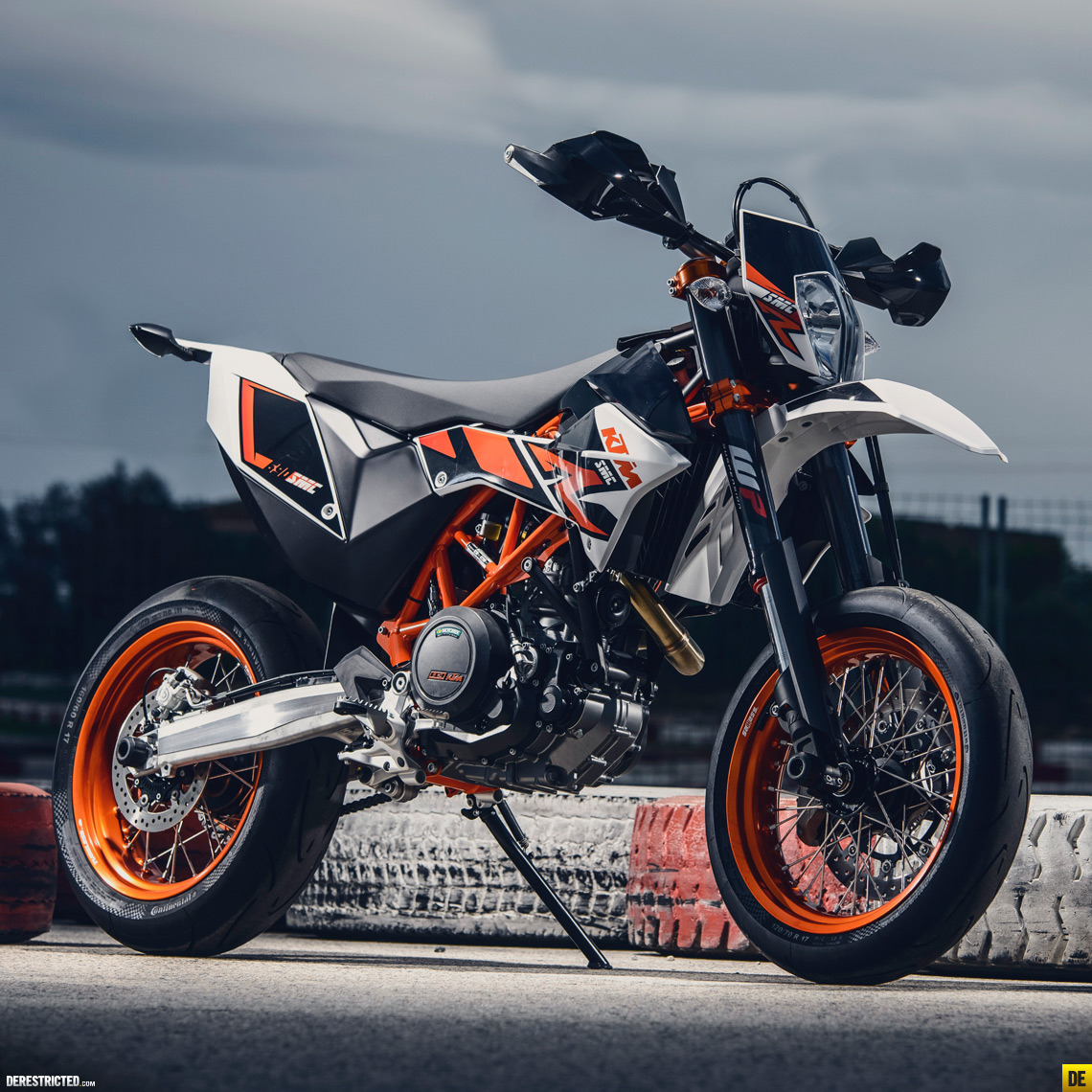 2014 ktm 690 smc r derestricted. Black Bedroom Furniture Sets. Home Design Ideas