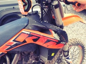 As requested, video with the #fmf  sound . Mega impressed with it! Bike is so much more responsive. #ktm #450sxf