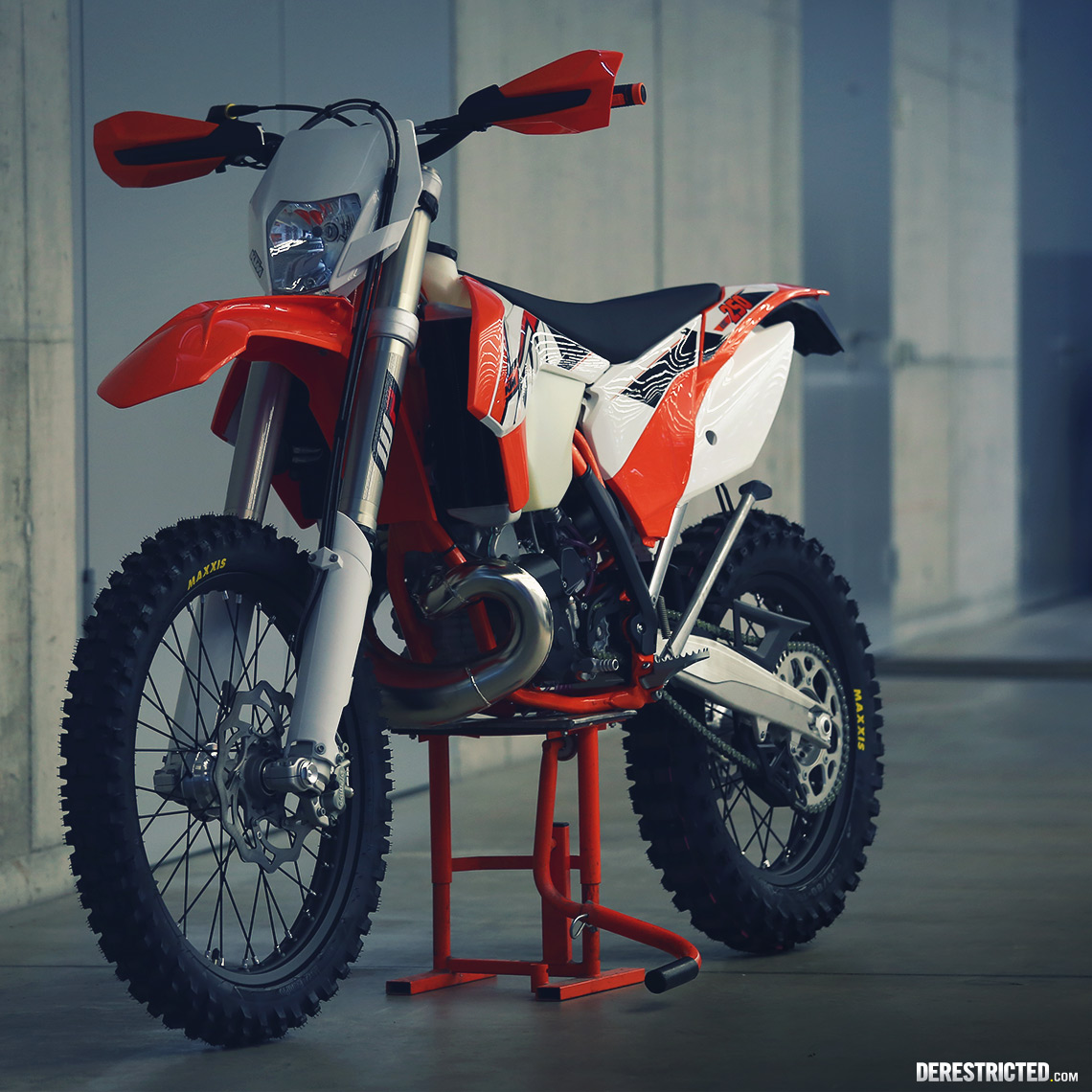 2015 ktm 250 exc bing images. Black Bedroom Furniture Sets. Home Design Ideas