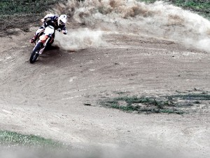 Love this shot my little bro took of me getting a little squirrelly @dirtpark photo by @lsp18 #ktm #motocross #350sxf