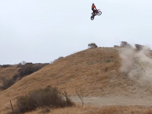 Wes Agee Hits The Hills