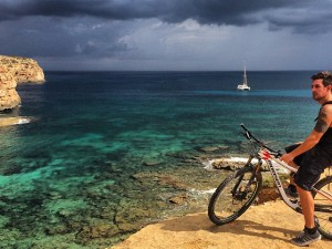 One last ride for this year around #formentera ! #tobecontinued #vipa #nofilter #xc #momsenbikes #mtb