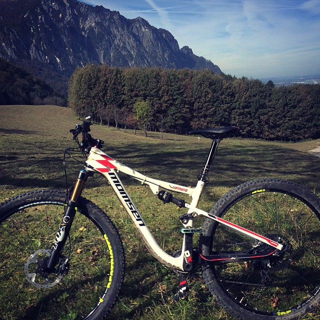 Out on the bike at lunch. #momsenbikes #salzburg #mtb #xc