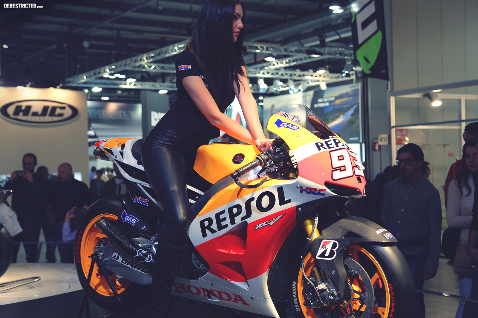Bikes And Girls At Eicma Derestricted