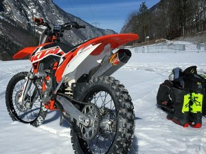 Can't wait to ride any longer :) There should be some good photos up later!! @xbowlarena with @zajcmaster #ktm #350sxf #motocross #snow