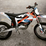 People have been asking us for years when they could get a #freeride e after first seeing the show bikes on derestricted.com , well they are now in the shops! #Ktm #esx #moto #de_portfolio