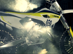 "2015 Husqvarna 125cc Test – ""Motocross Top Gear"""
