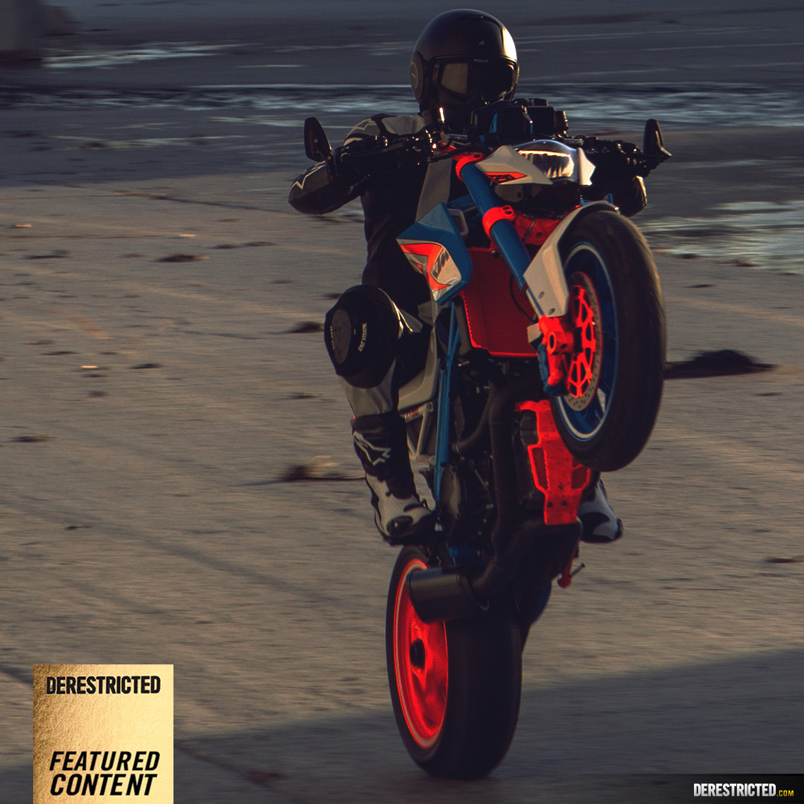 ktm-superduke-custom-featured