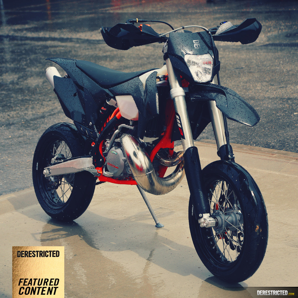 250-exc-supermoto-ktm-featured
