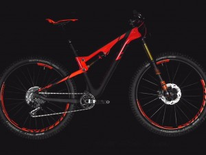SCOTT Genius 700 Tuned Plus tested by ENDURO Mountainbike Magazine