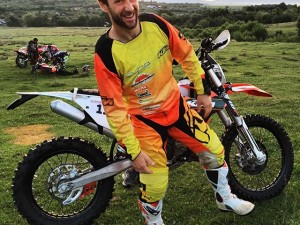 """Hey Lars what's that bike you are riding, can I take a photo?"". ""Yea sure it's nothing new :) "" #KTM #enduro #romaniacs"