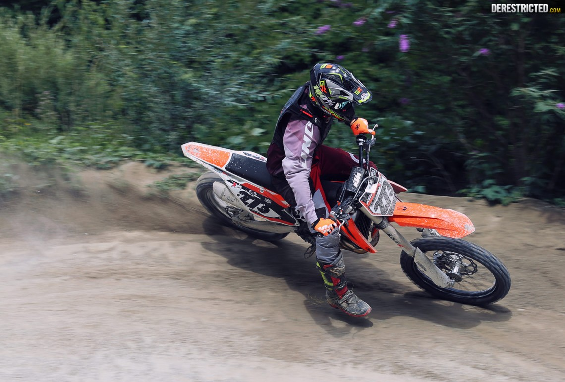 2016 KTM 350 SX-F | First look and first ride – DERESTRICTED