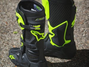 RV2 might have hung up his boots but we plan on wearing these nice new limited edition #alpinestars #tech10 's for a while :)
