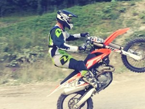 Jason Moriarty wheelying the whole rhythm section @xbowlarena #KTM #350sxf #ride100percent