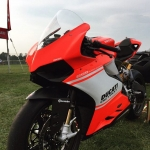 Another shot of that one off #ducati 899 #superleggera from my buddy @pjr273 because it's so ridiculously nice :)