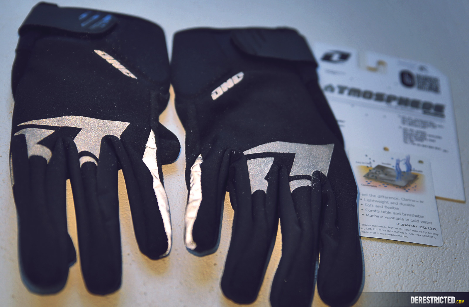 one-industries-atmosphere-glove-02