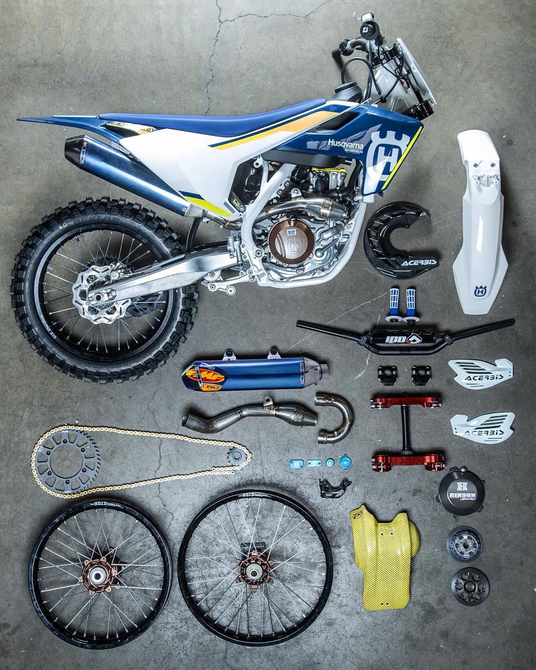 @fmf73 are doing a custom build of @fmflild 's #husqvarna #fc450 together with @dirtbikemag . Video and photos of the finished build coming soon. #de_portfolio