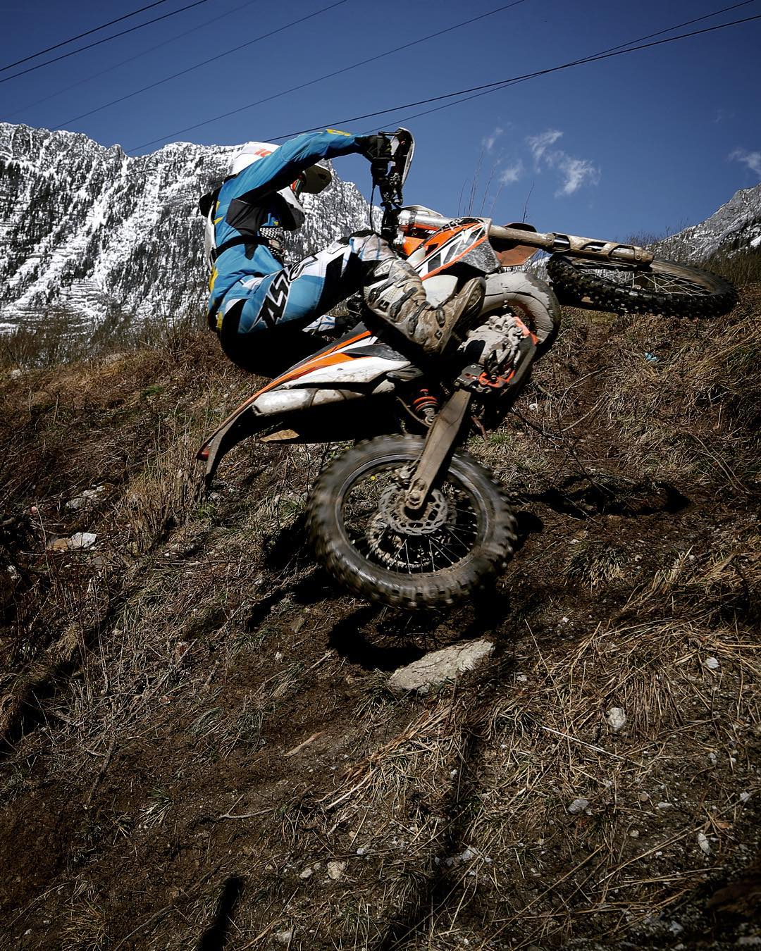@zajcmaster on his way up a tricky climb @xbowlarena #KTM #enduro #250exc #alpinestars #ride100percent
