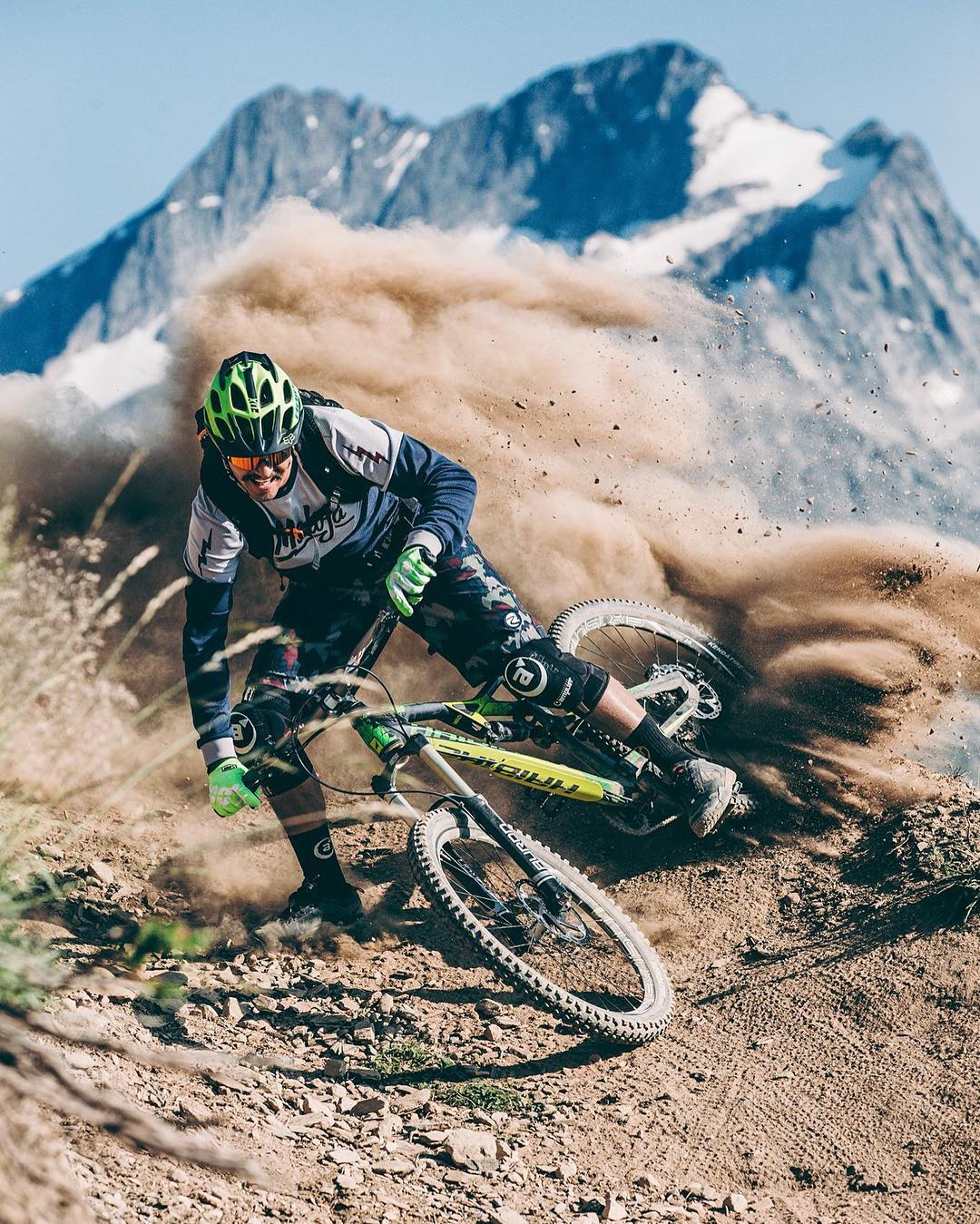 Awesome shot by Martin Erd Photographer of @tschugg23 getting sideways on his #heet ! #MTB #DH #enduro #mountainbike #shred #Haibike #bikes #mountains #srsuntour #ride100percent