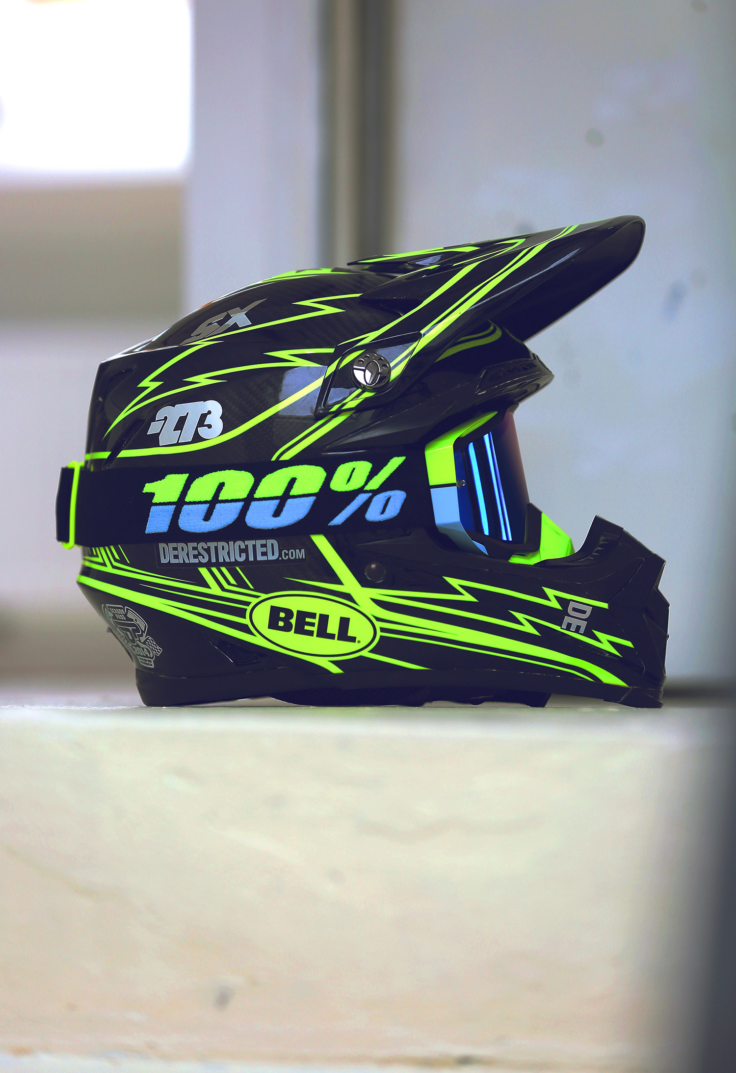 We got a few pairs of the new @ride100percent Spring goggle colorways. Not looking too shabby for sure! We will do a contest soon to give away a couple of pairs. Watch this space :) #ride100percent #bellhelmets