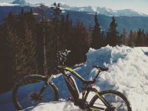 Nice #sduro shot sent to us by Christian Stauder in Still snowy Südtirol! #Haibike