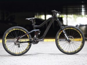 Another shot of the new Haibike DH prototype :) #dh #mtb #haibike
