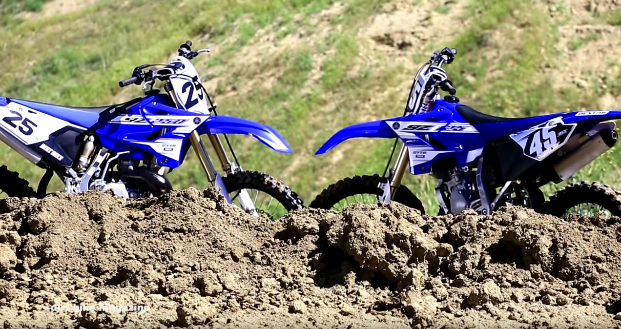 2016 yamaha yz 125 yz250 2 strokes head to head derestricted. Black Bedroom Furniture Sets. Home Design Ideas