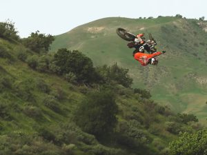Lance Coury | Splitting Lanes | TransWorld Motocross
