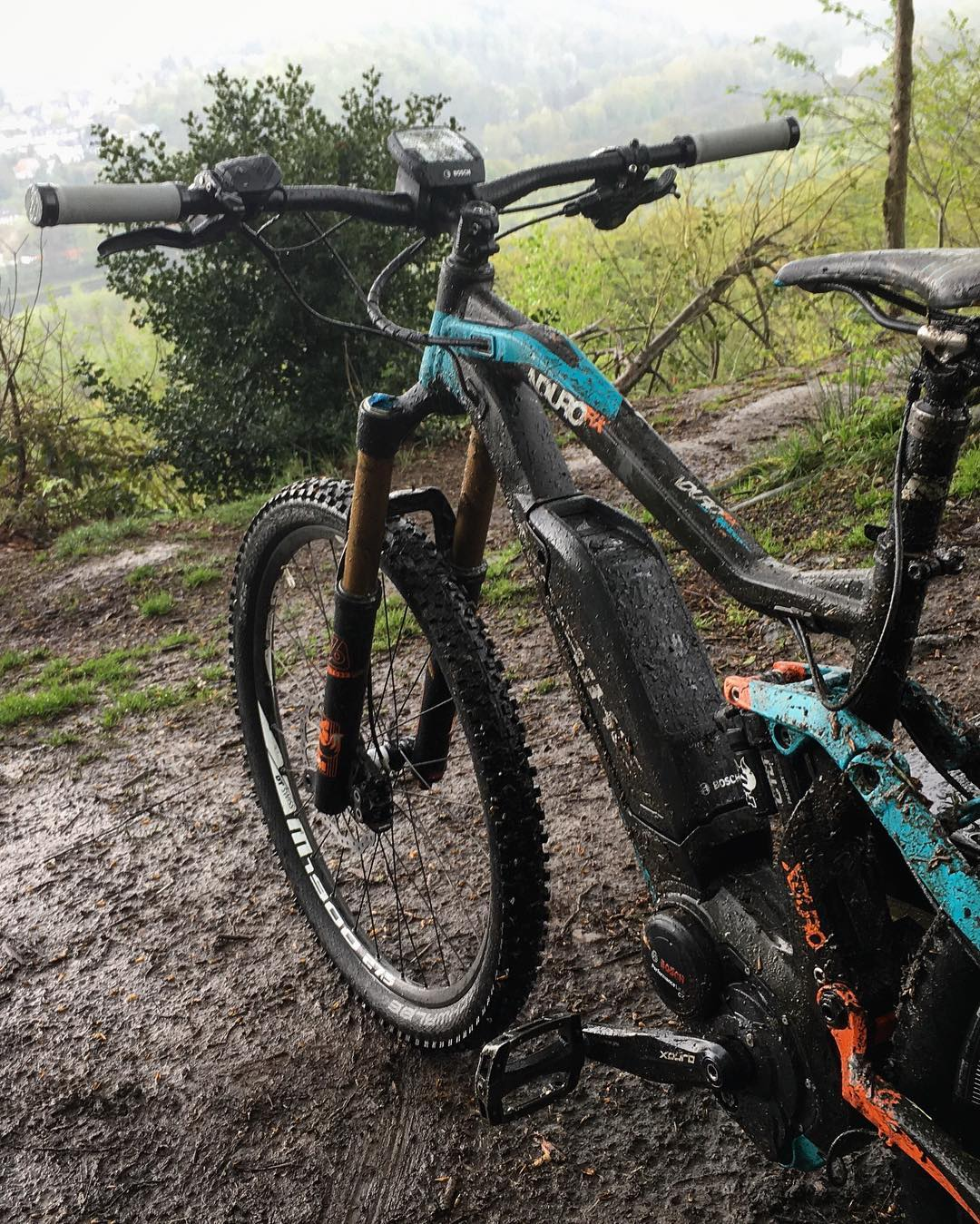 You can walk outside and think, 'Oh no it's raining, this sucks!' Or you can walk outside and say, 'oh yea it's raining, let's ride!'. The latter is always more rewarding :) #haibike #xduro #nduro #mtb