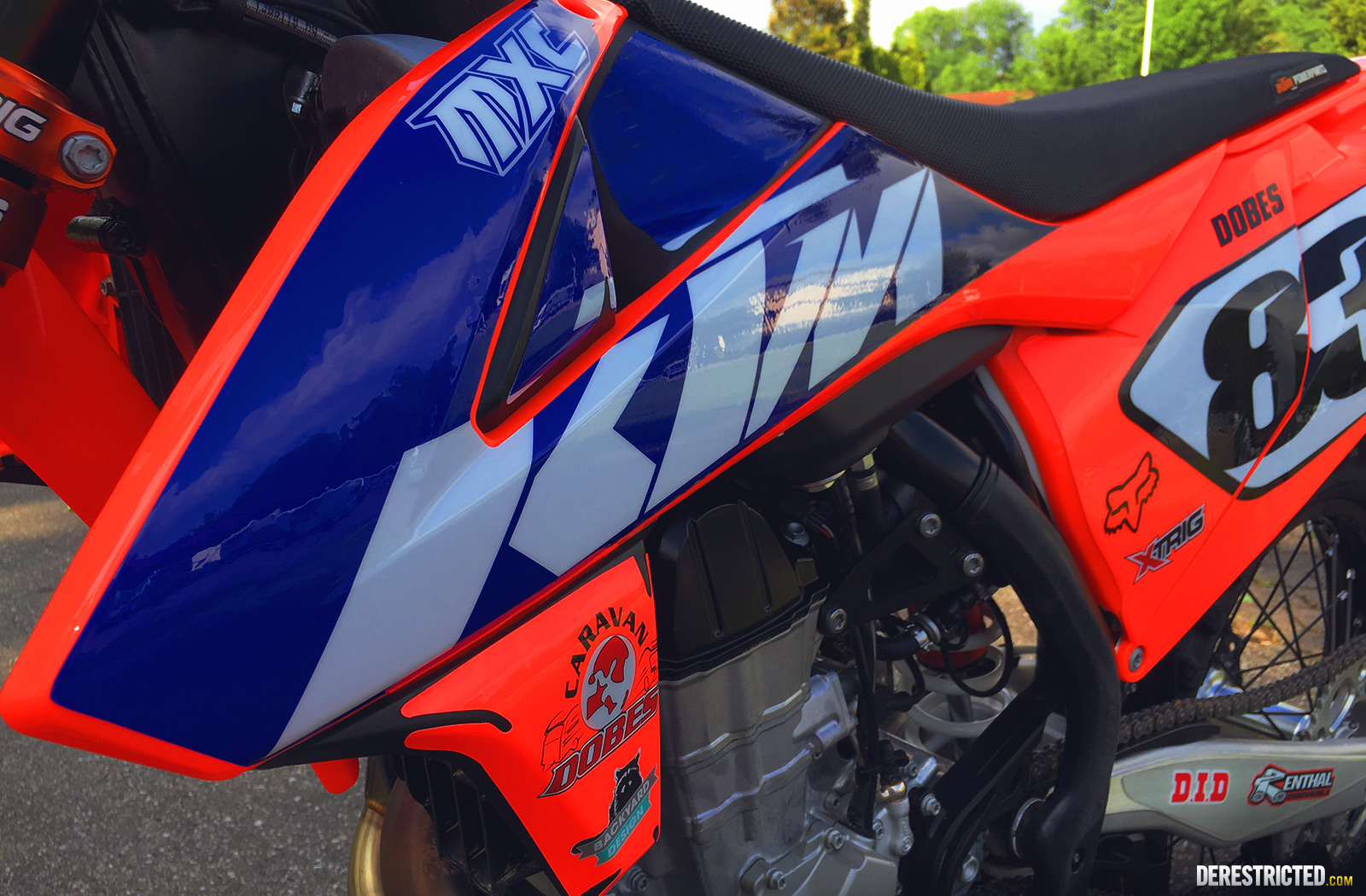Ktm Smc R in addition Maxresdefault as well Maxresdefault in addition  further Maxresdefault. on ktm 690 smc
