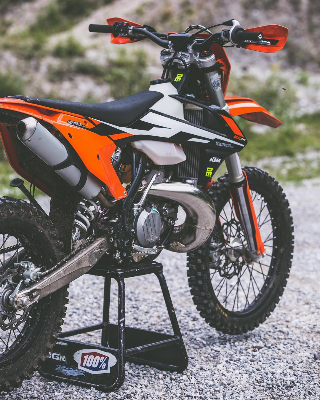 New sticker kit on it's way, curious to see how it looks as we just did it direct in illustrator instead of checking it over a photo or printing it out to check it first live on the bike. Maybe it will be a little wonky but we will see 😋 #KTM #300exc #enduro