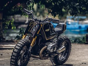 loving this Onehandmade  @queen_houng custom BMW R nineT! #BMW #custombikes
