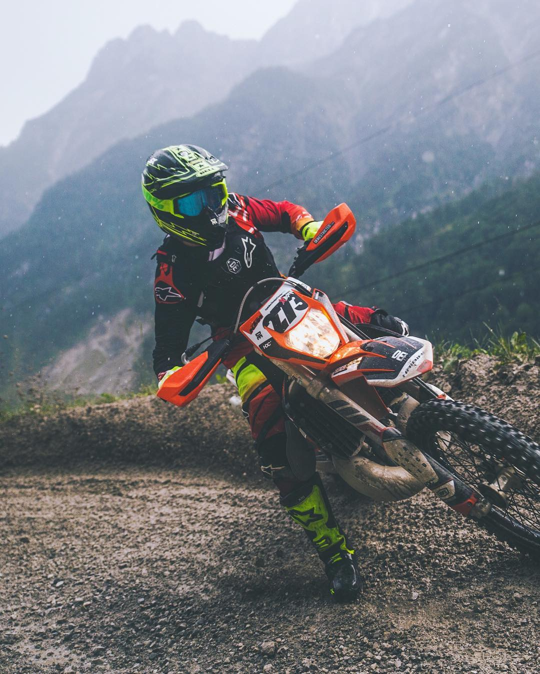You get some serious braaaaap on the #300exc ! #Enduro #moto #ktm 📷 @zajcmaster