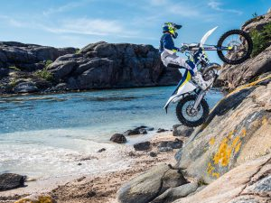Enduro Models 2017 – Ride Beyond | Husqvarna Motorcycles