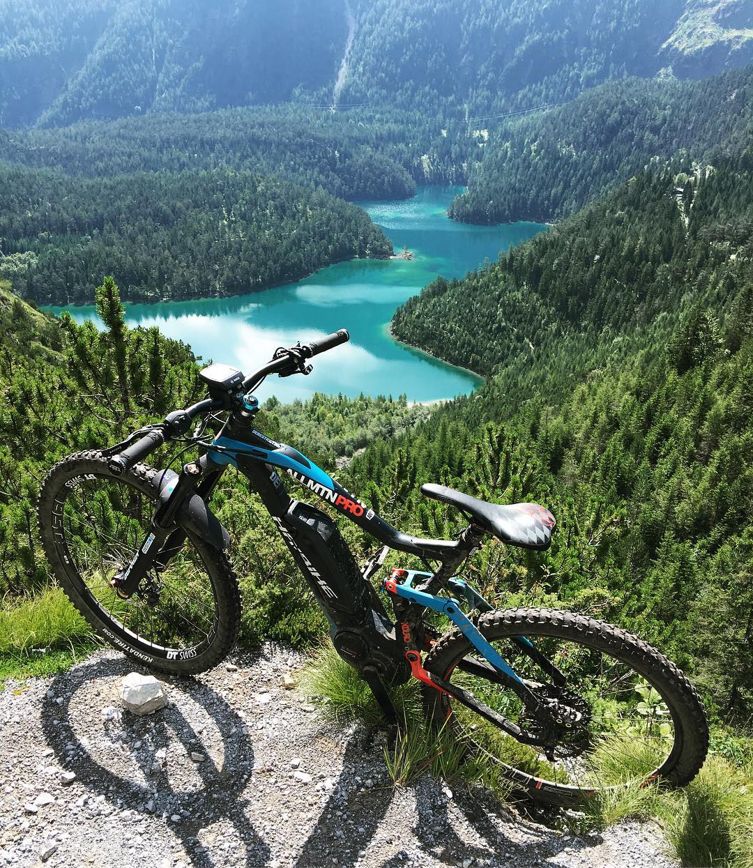We hope your Haibike led you to some places as superb as this during the weekend! 📷 @hdc_m #XDURO #eMTB #mtb #Haibike